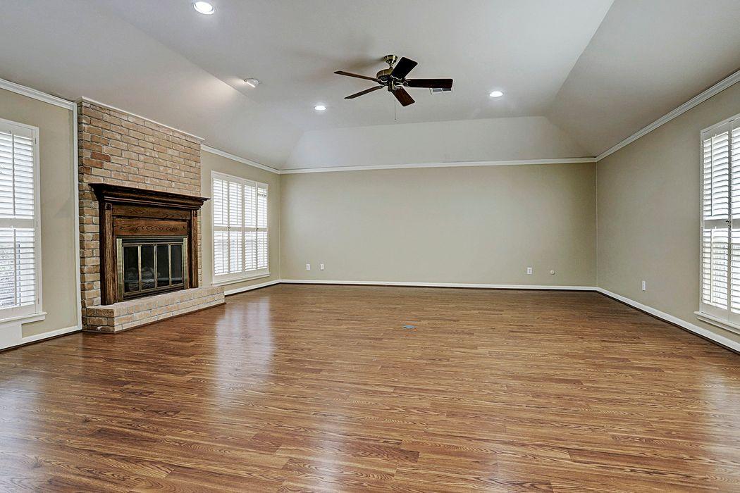15615 Whitewater Lane Houston, TX 77079
