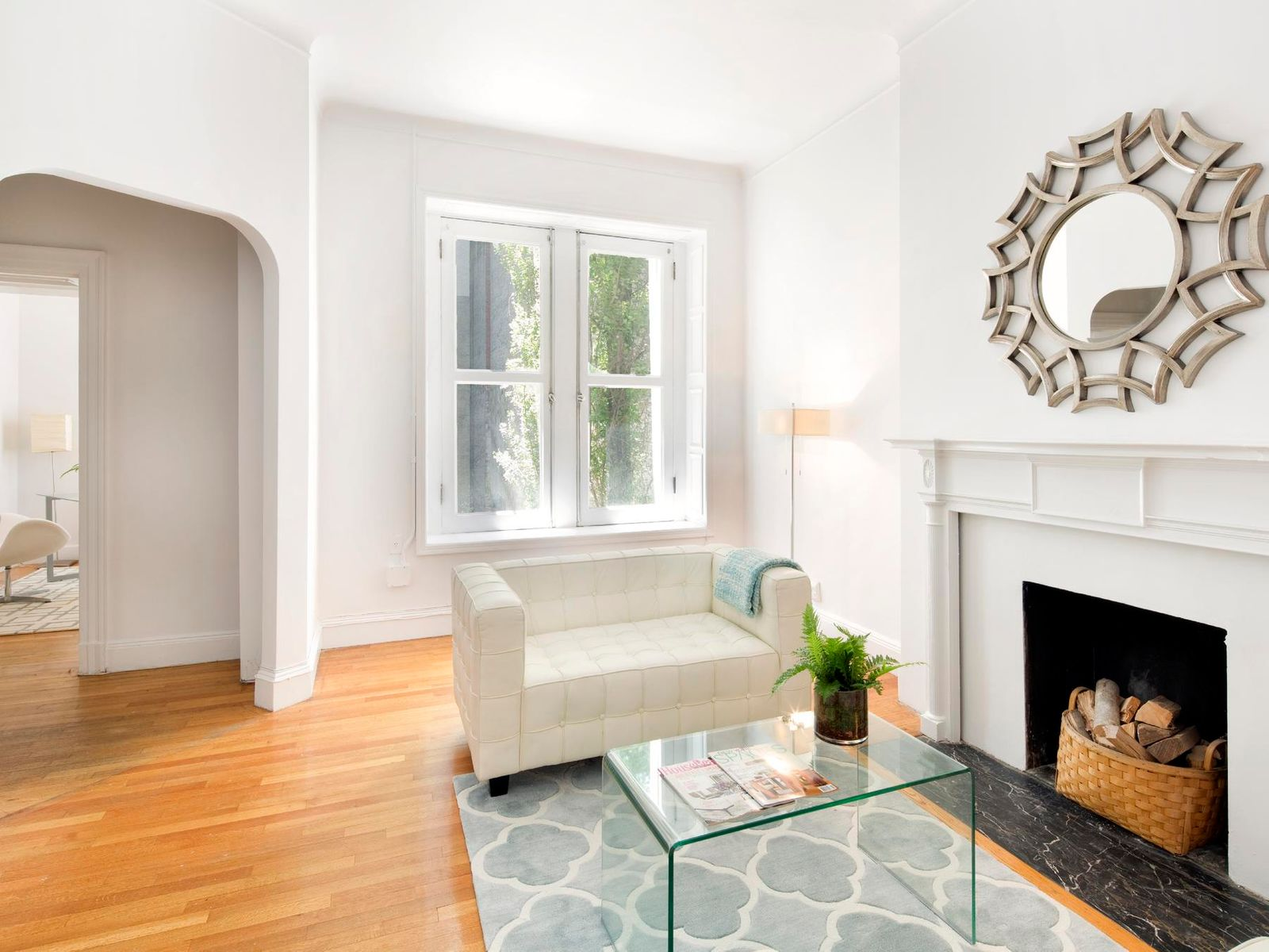 21' Townhouse Off Fifth Avenue