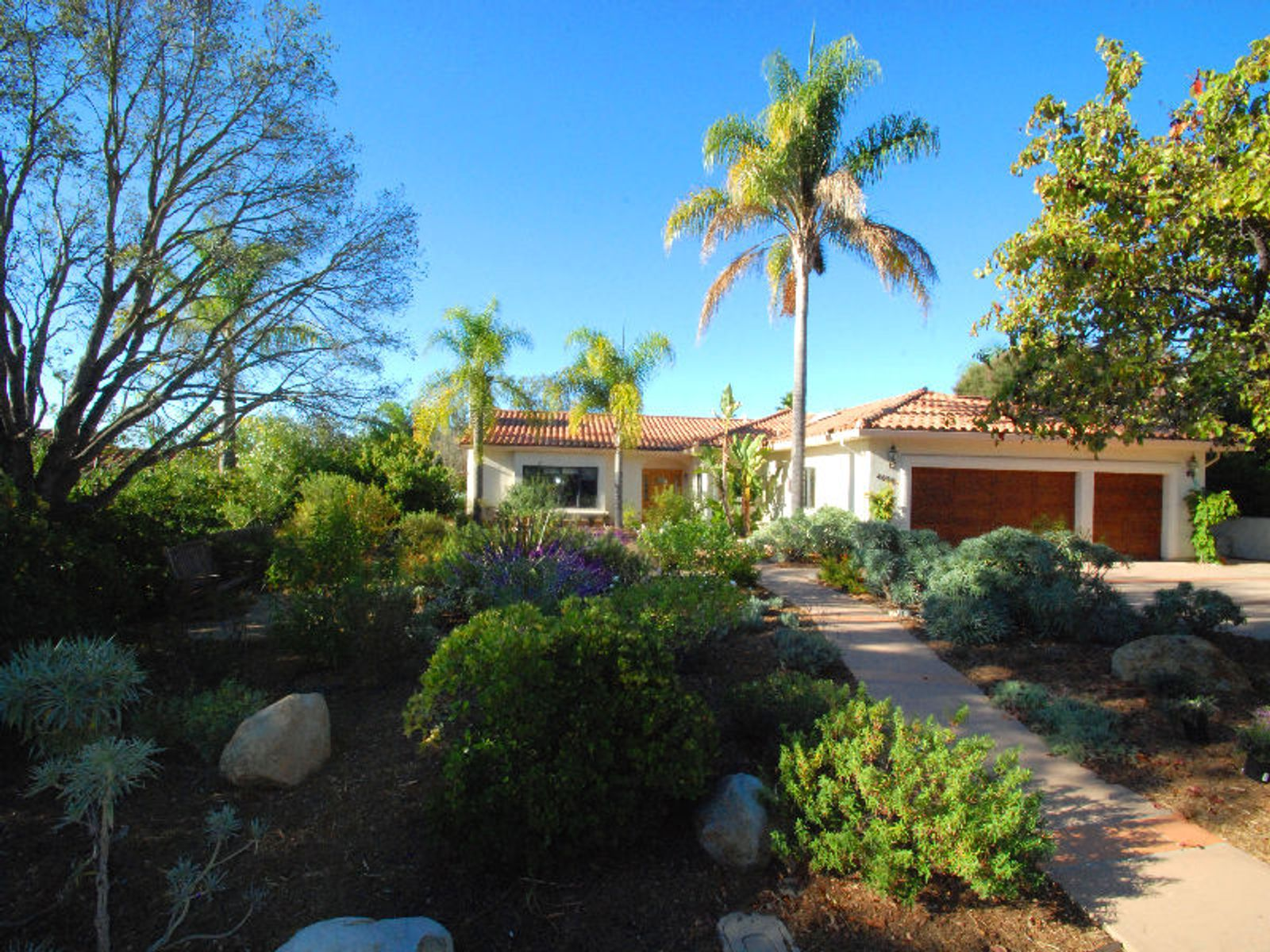 Single Level Mediterranean-style, Santa Barbara CA Single Family Home - Santa Barbara Real Estate
