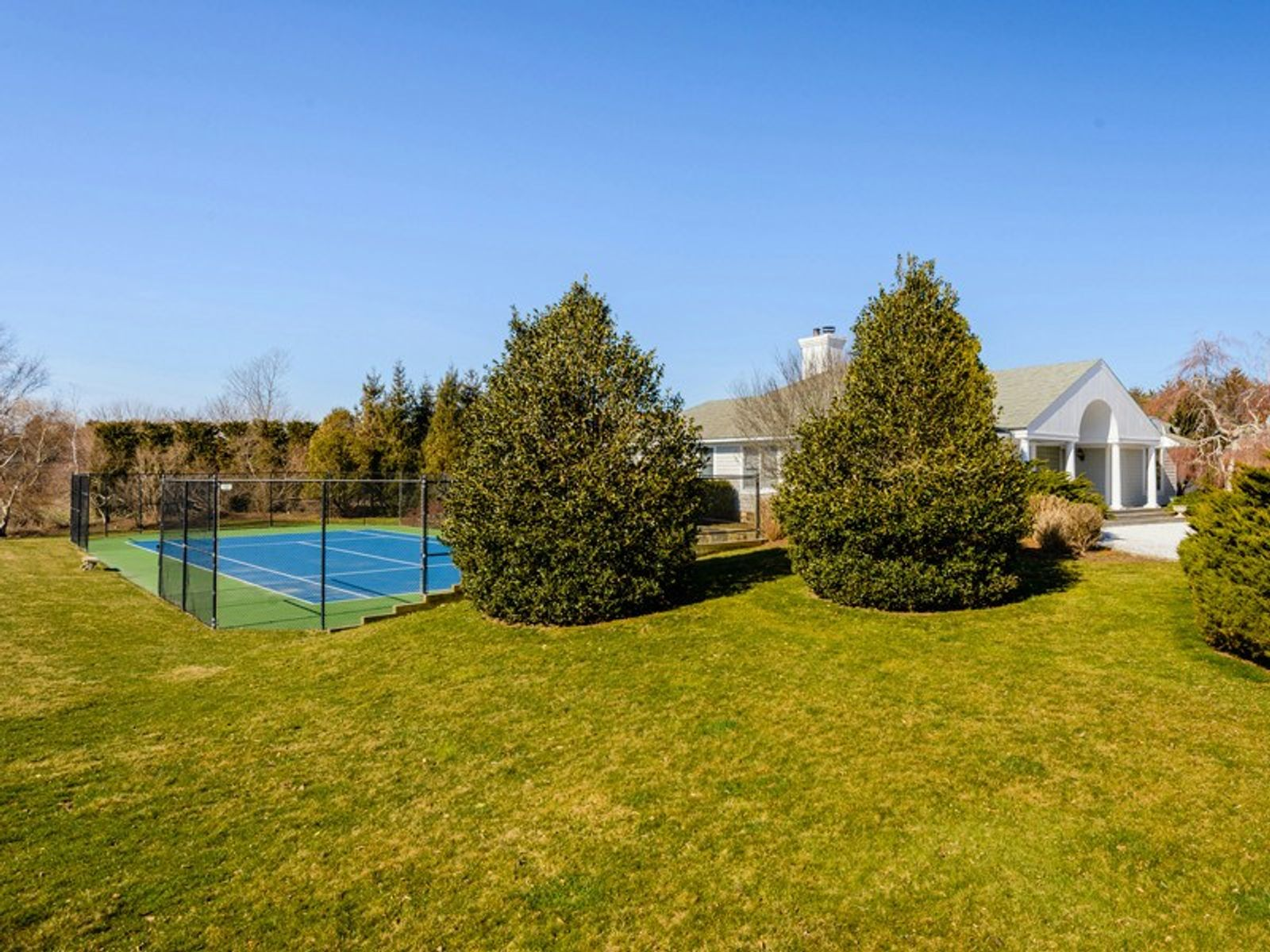 Water Mill South Home w/Pool and Tennis