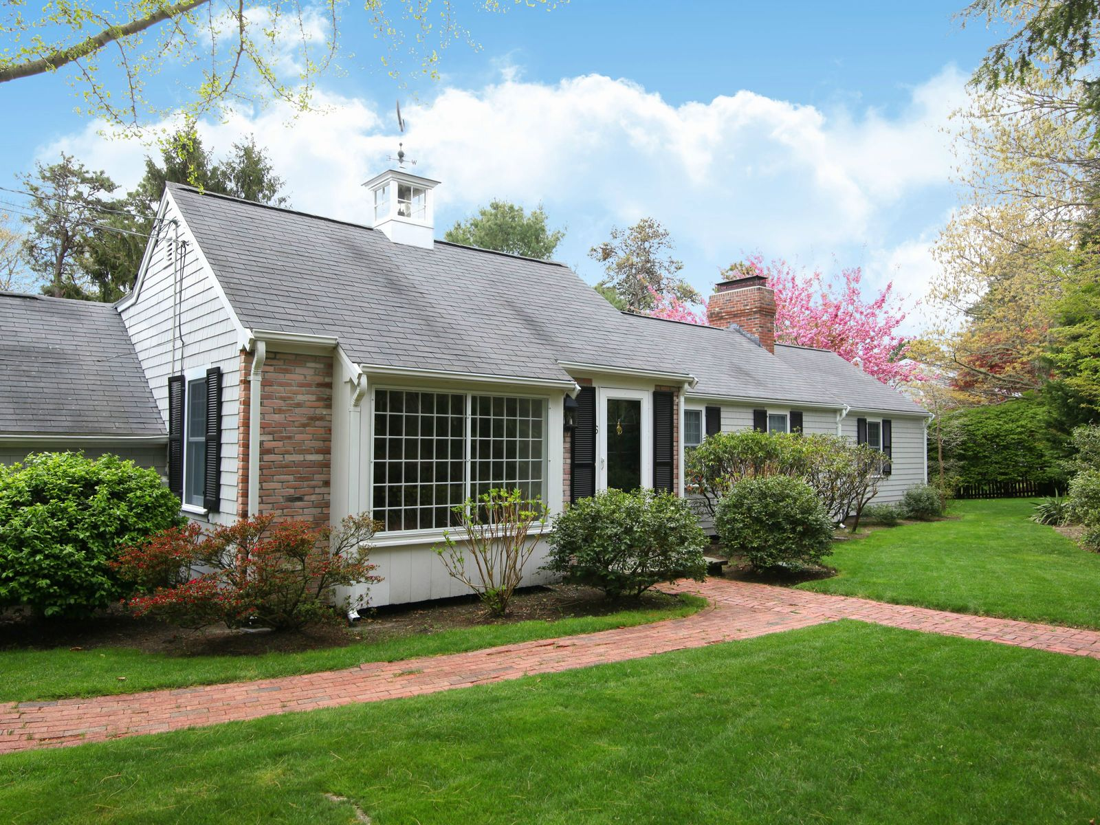 Scudder Bay Ranch, Centerville MA Single Family Home - Cape Cod Real Estate
