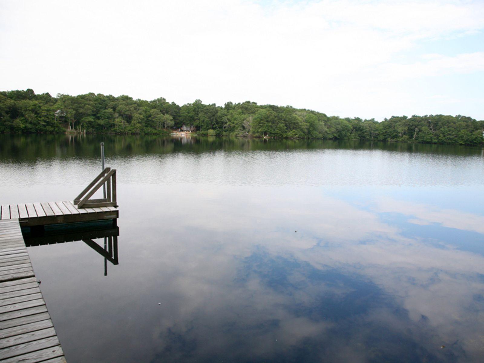 Pondfront Hideaway