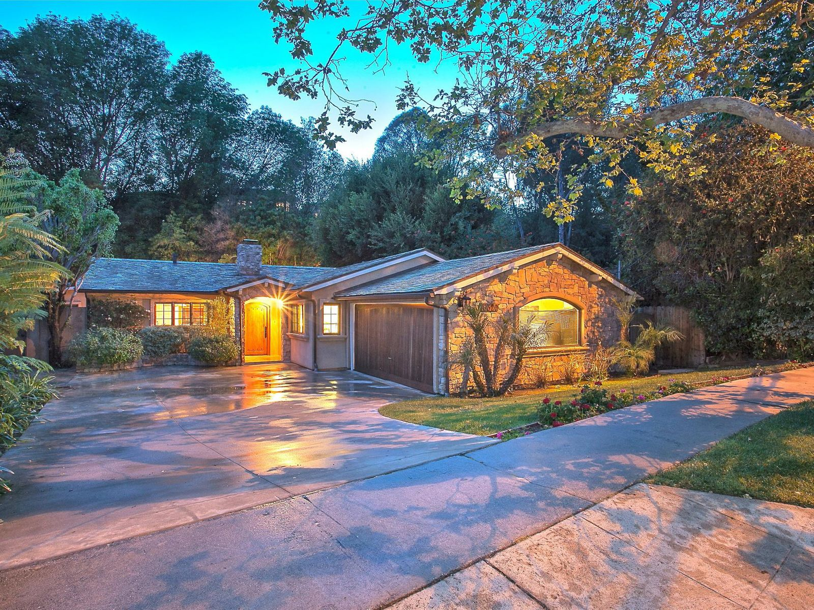 16320 Akron Street, Pacific Palisades CA Single Family Home - Los Angeles Real Estate
