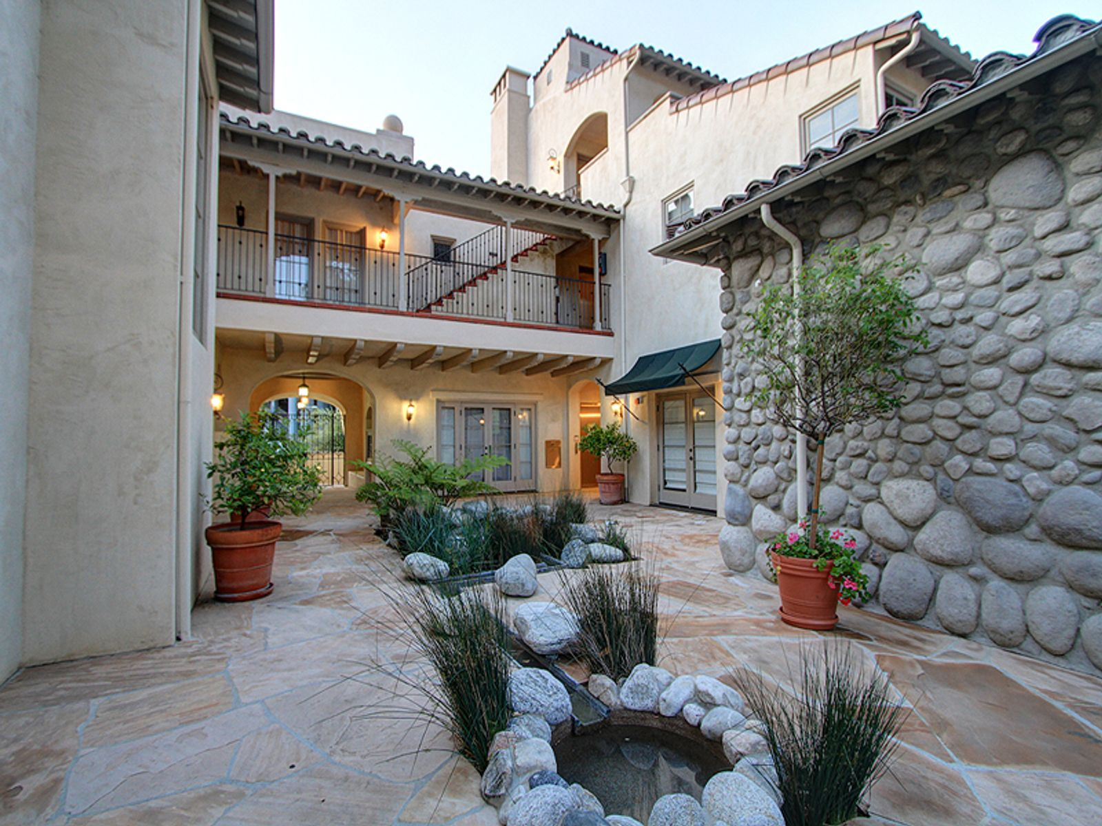 Arroyo View Pied-A-Terre