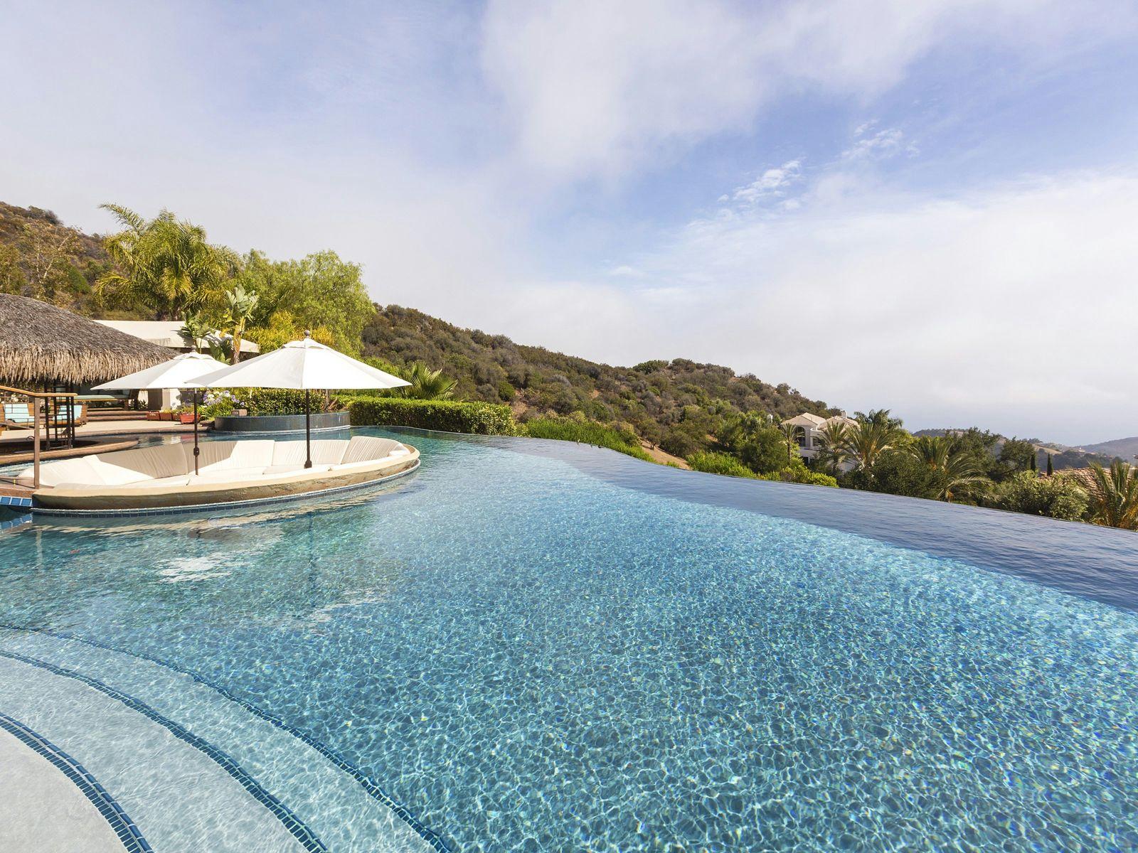 Ocean View Estate in Pacific Palisades