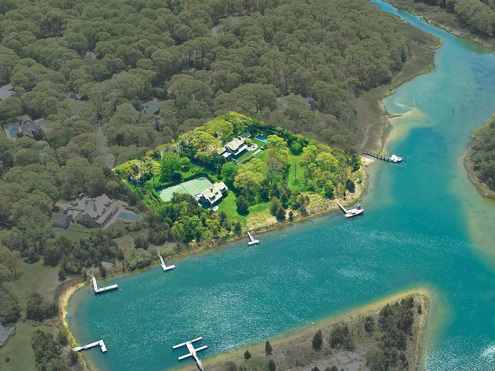 A Beautiful Waterfront Compound, Sag Harbor NY Single Family Home - Hamptons Real Estate