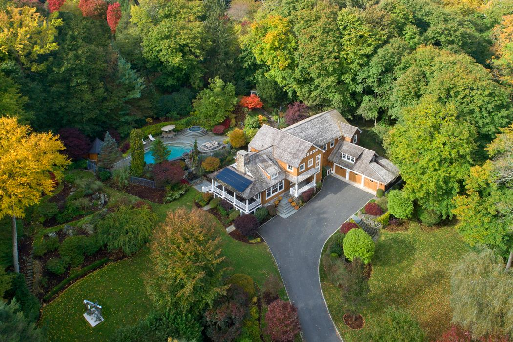 9 Witherell Drive Greenwich, CT 06831
