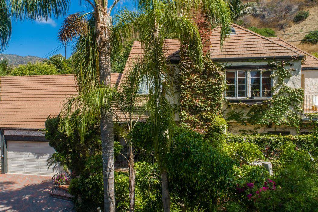 23233 Mariposa De Oro St Malibu, CA 90265