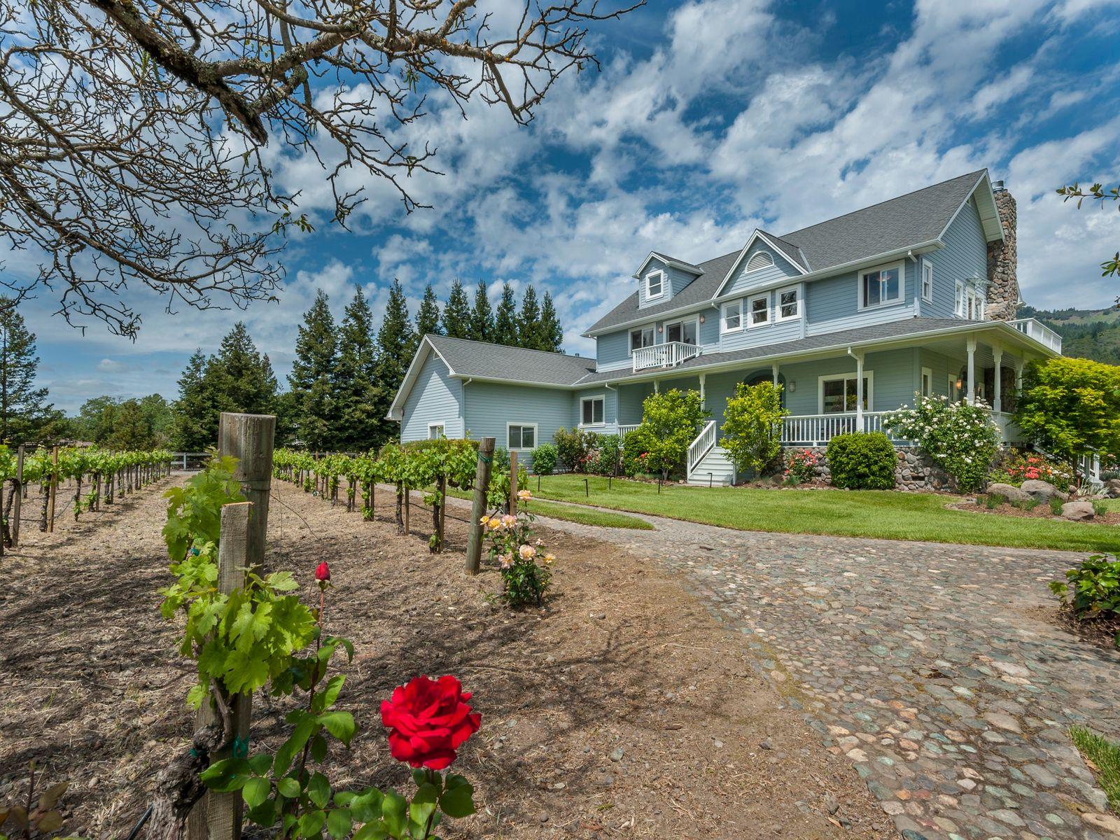 Stately Farmhouse-Style Retreat
