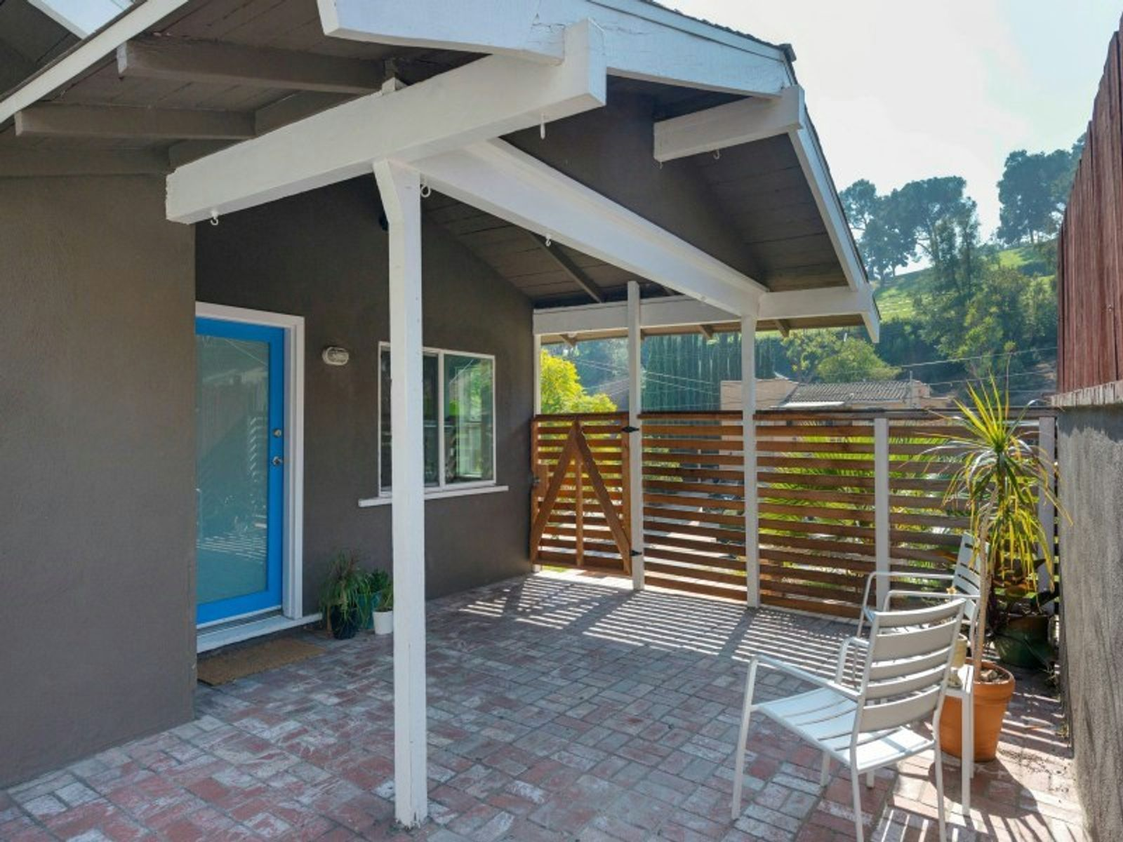 3711 York Boulevard, Los Angeles CA Single Family Home - Los Angeles Real Estate