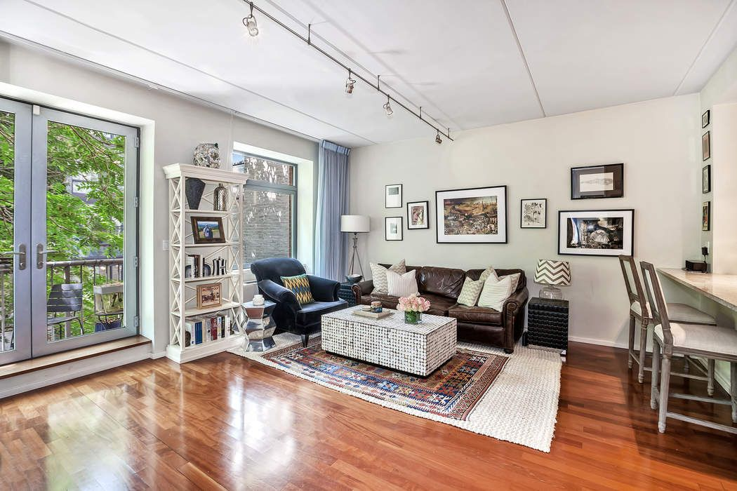 270 West 19th Street, Apt. 3B