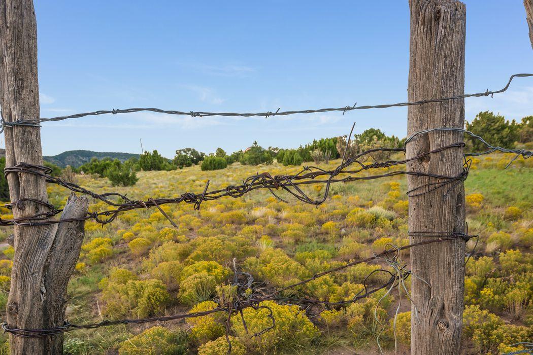 51 Sandoval Road Edgewood, NM 87015