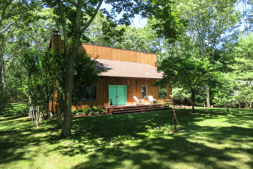 15 Mount Misery Drive Sag Harbor, NY 11963