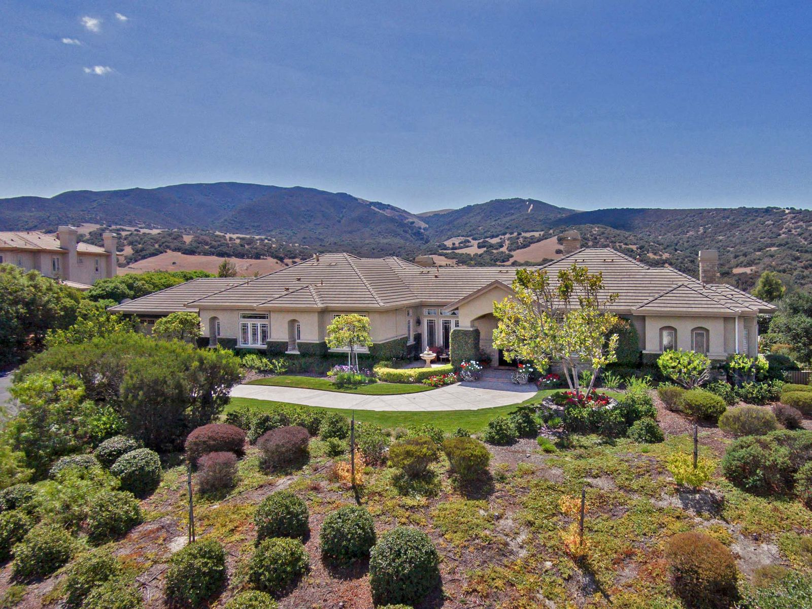 Crowne Point Jewel, Salinas CA Single Family Home - Monterey Real Estate