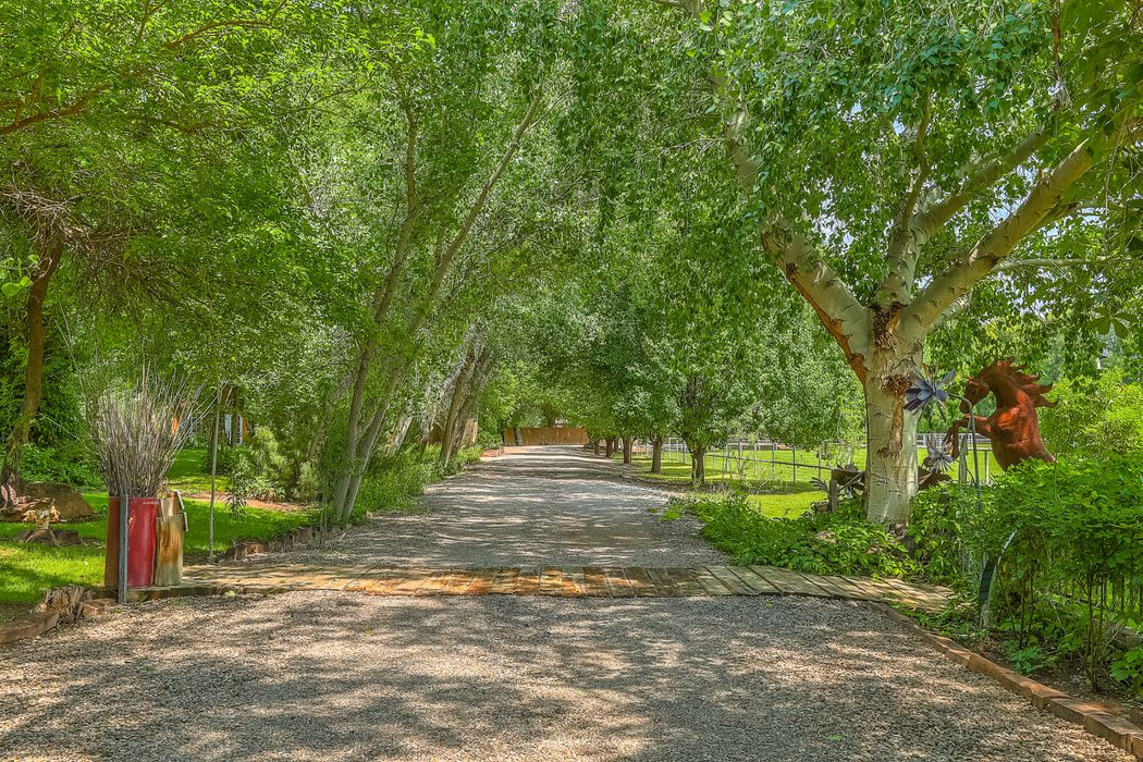 7205 Rio Grande Blvd., Nw Los Ranchos, NM 87107
