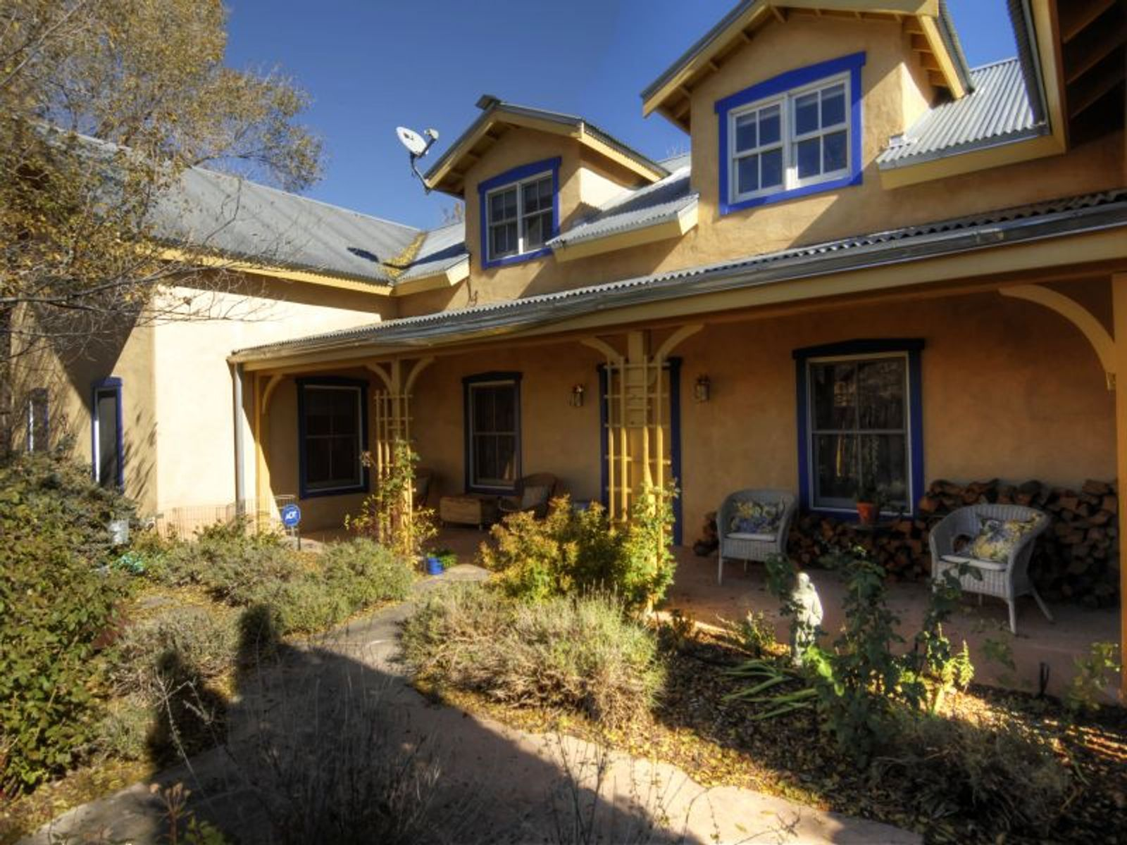 549 Del Norte Lane, Santa Fe NM Single Family Home - Santa Fe Real Estate