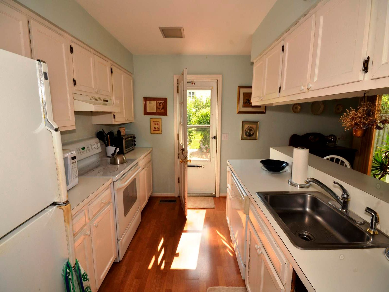 Lovely, Privately Located Townhouse