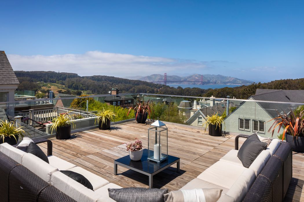 Elegant Presidio Heights Home With Views San Francisco, CA 94118