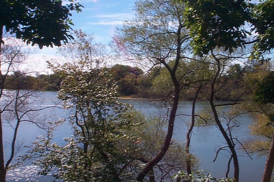 Kellis Pond with Southern Exposure Bridgehampton, NY 11932