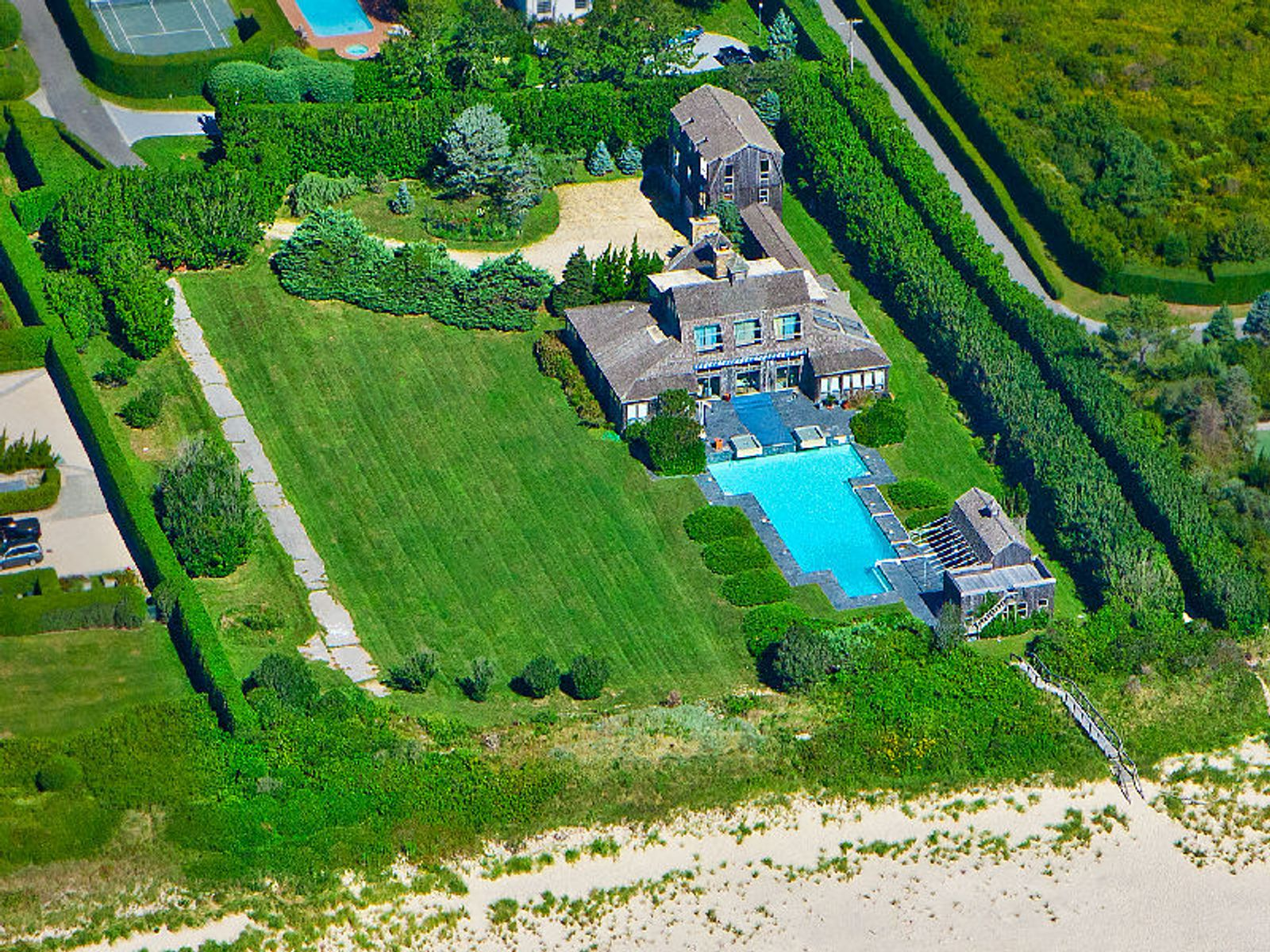 Southampton Oceanfront Estate, Southampton NY Single Family Home - Hamptons Real Estate