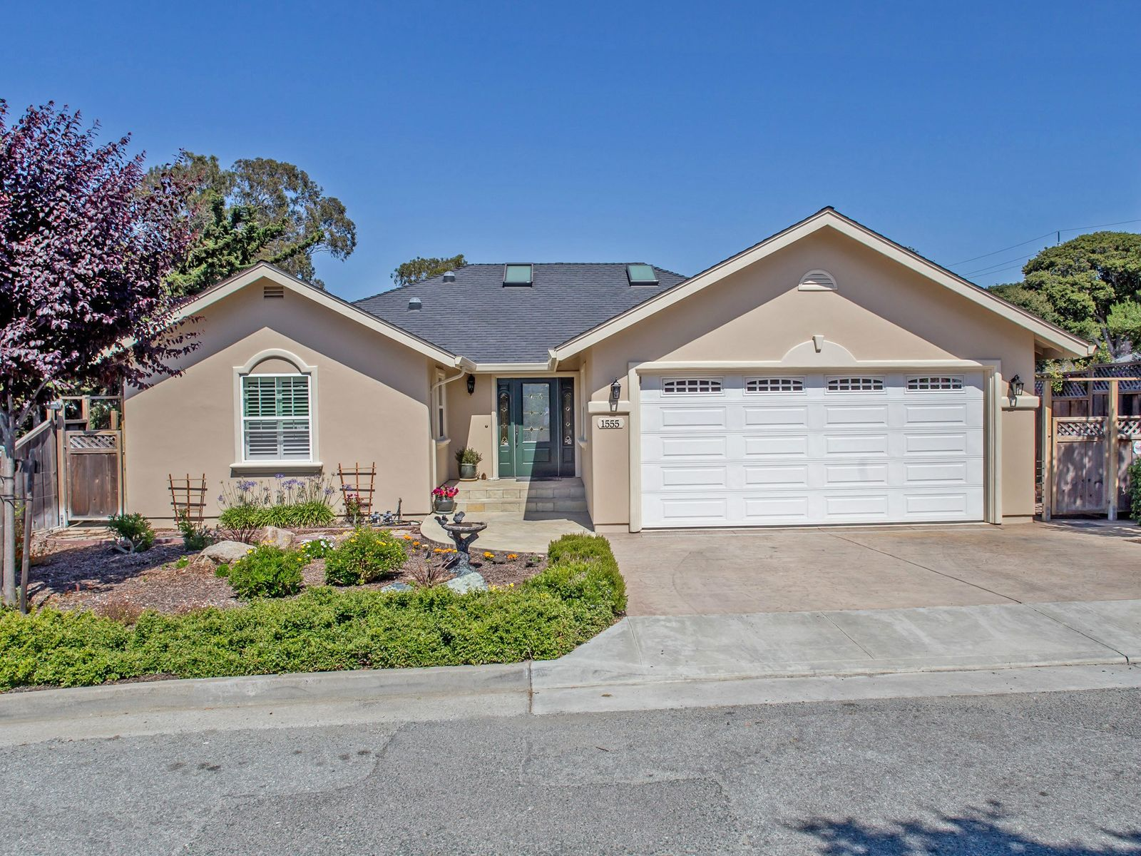 A Gem in Seaside, Seaside CA Single Family Home - Monterey Real Estate