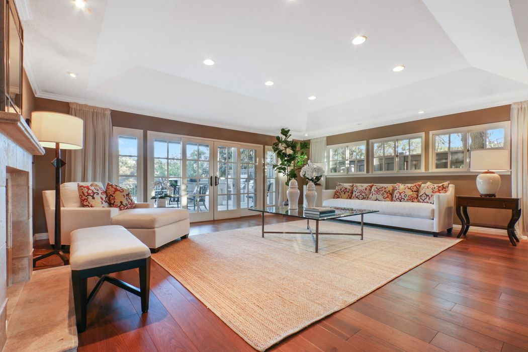 9708 Arby Drive Beverly Hills, CA 90210