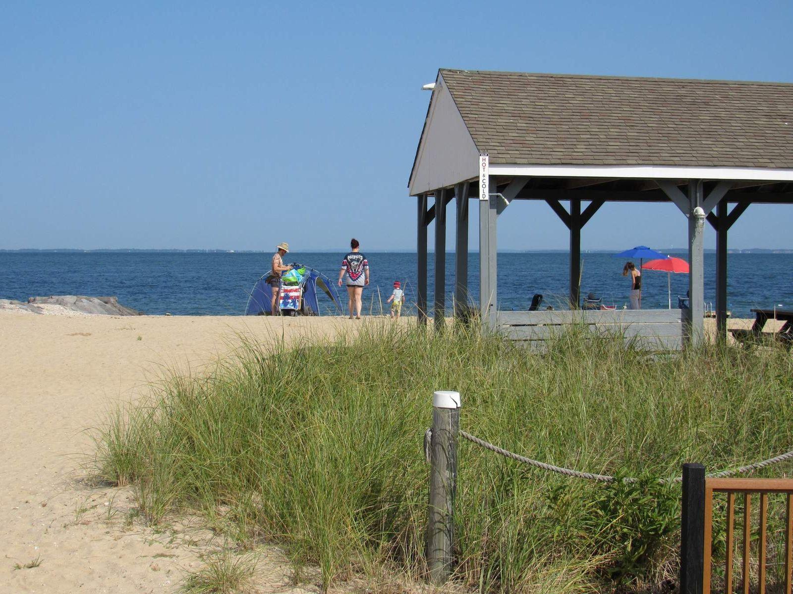 East Hampton Close to the Bay Beach