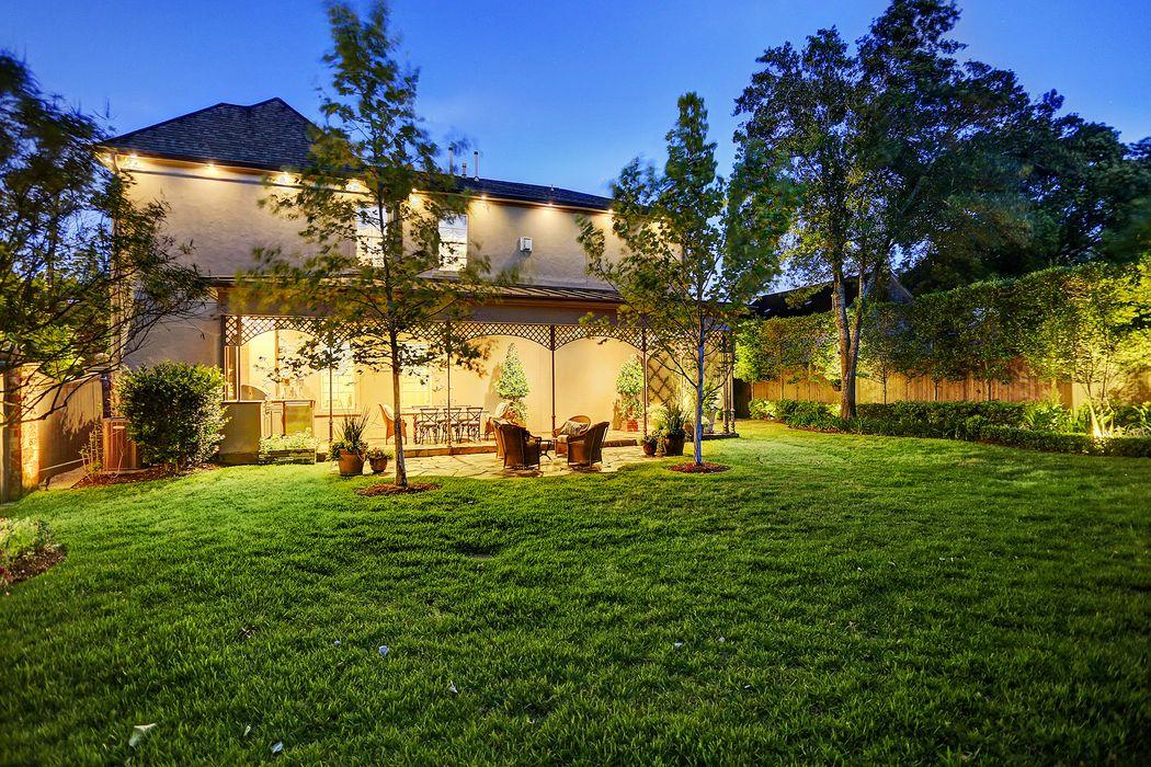 3903 & 3905 Tennyson Street Houston, TX 77005