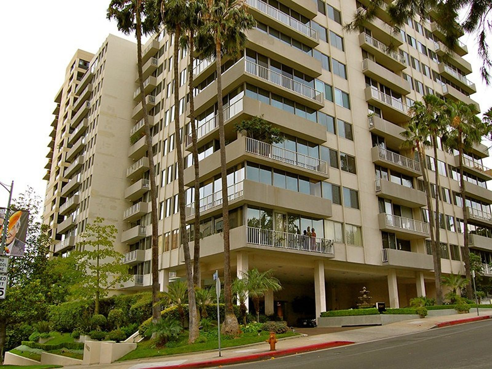 10433 Wilshire Blvd. #301, Los Angeles CA Condominium - Los Angeles Real Estate