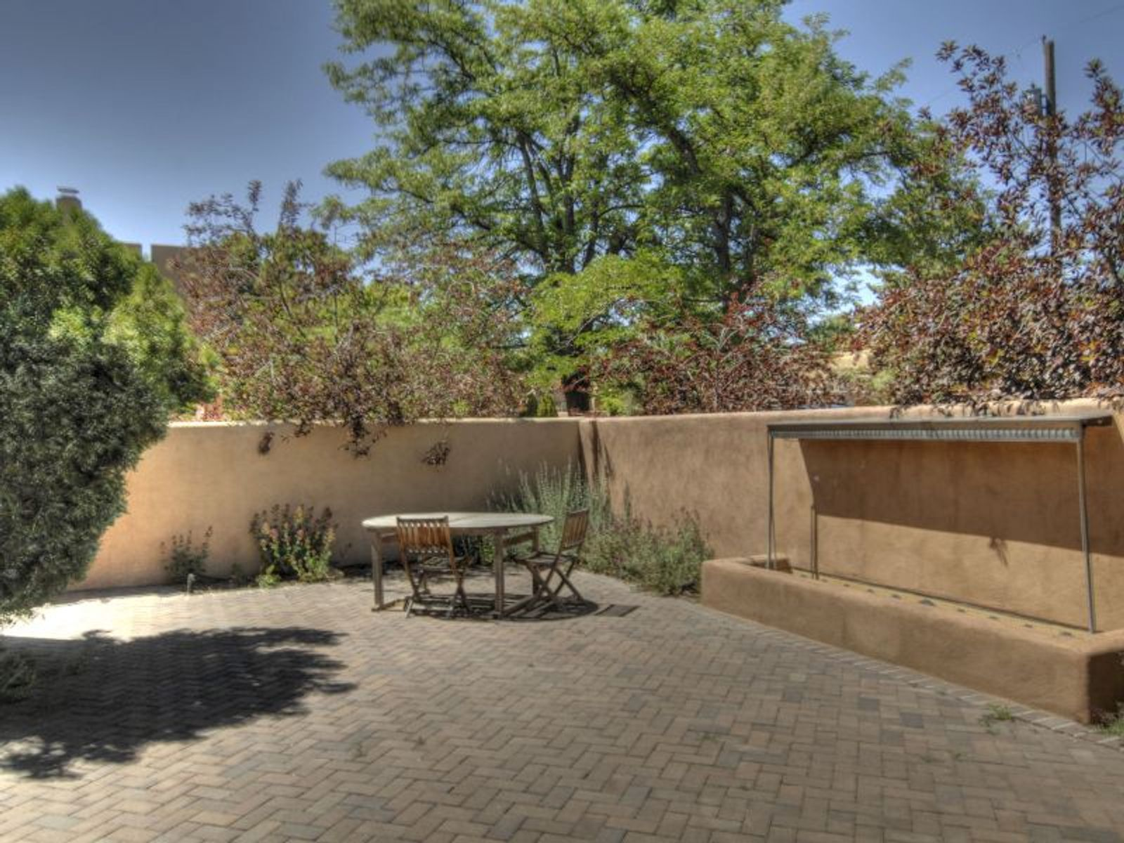 610 Rio Grande Ave, Santa Fe NM Single Family Home - Santa Fe Real Estate