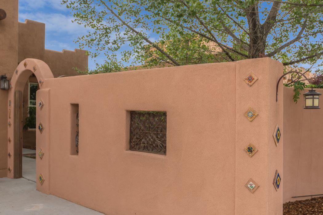 1317 Ferguson Lane Santa Fe, NM 87505