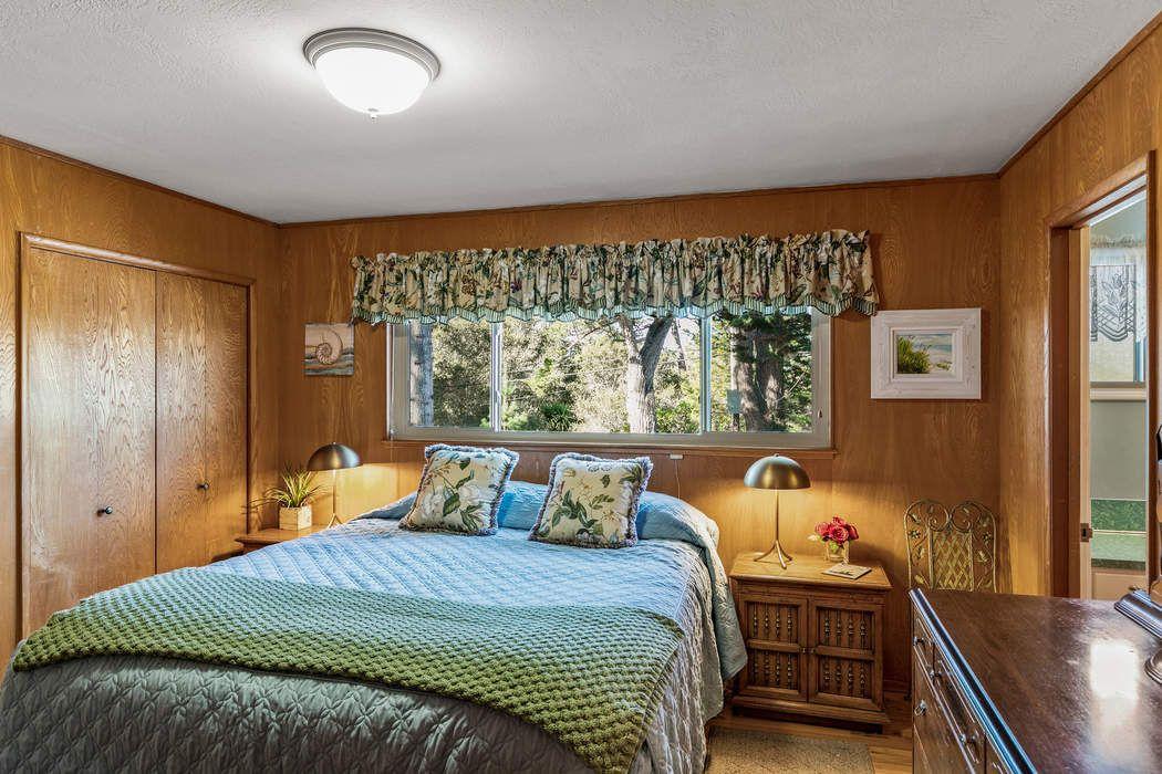 Wonderful Carmel Woods Ranch Style Home Carmel, CA 93923