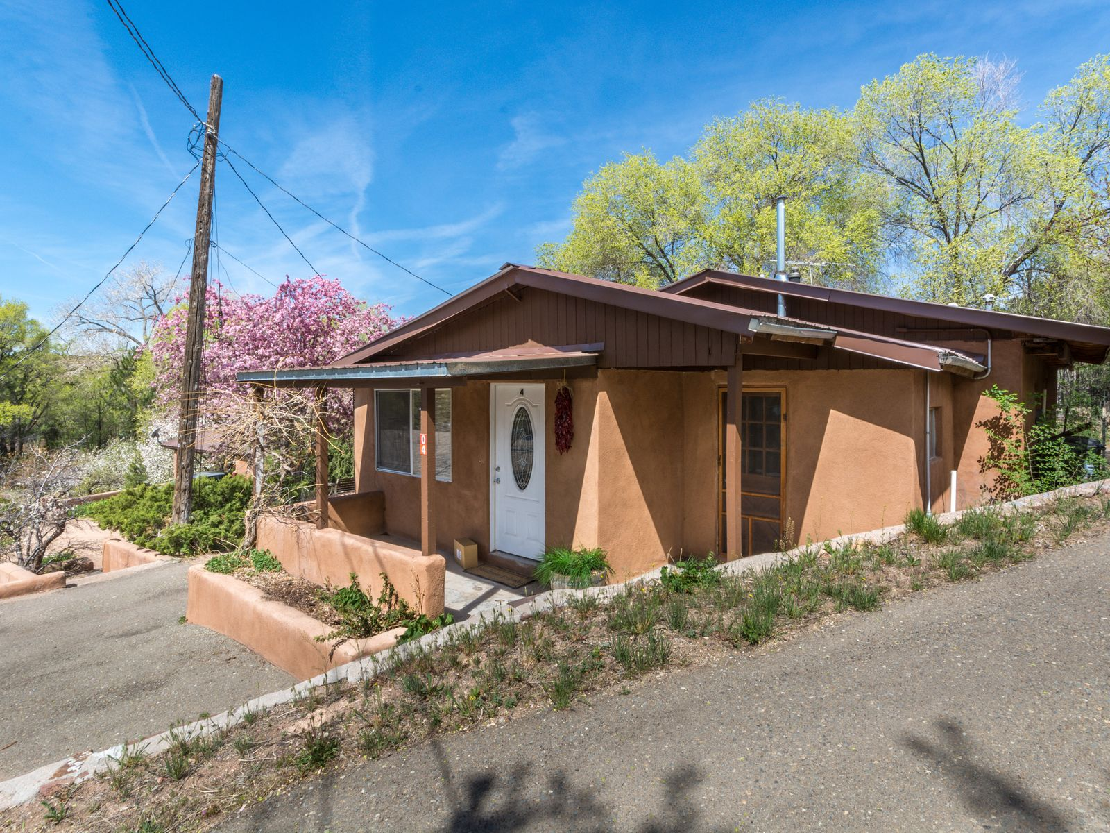 2 Rosanna, Tesuque NM Single Family Home - Santa Fe Real Estate