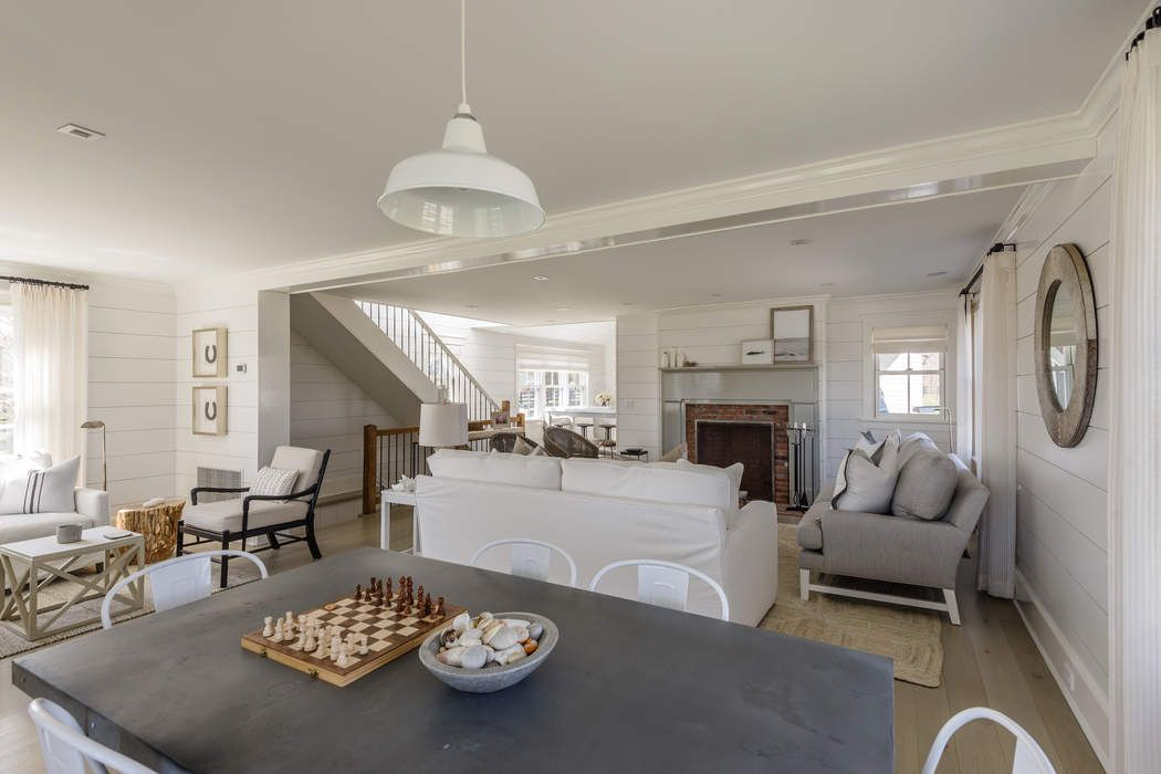 134 Narrow Lane East Sagaponack, NY 11962