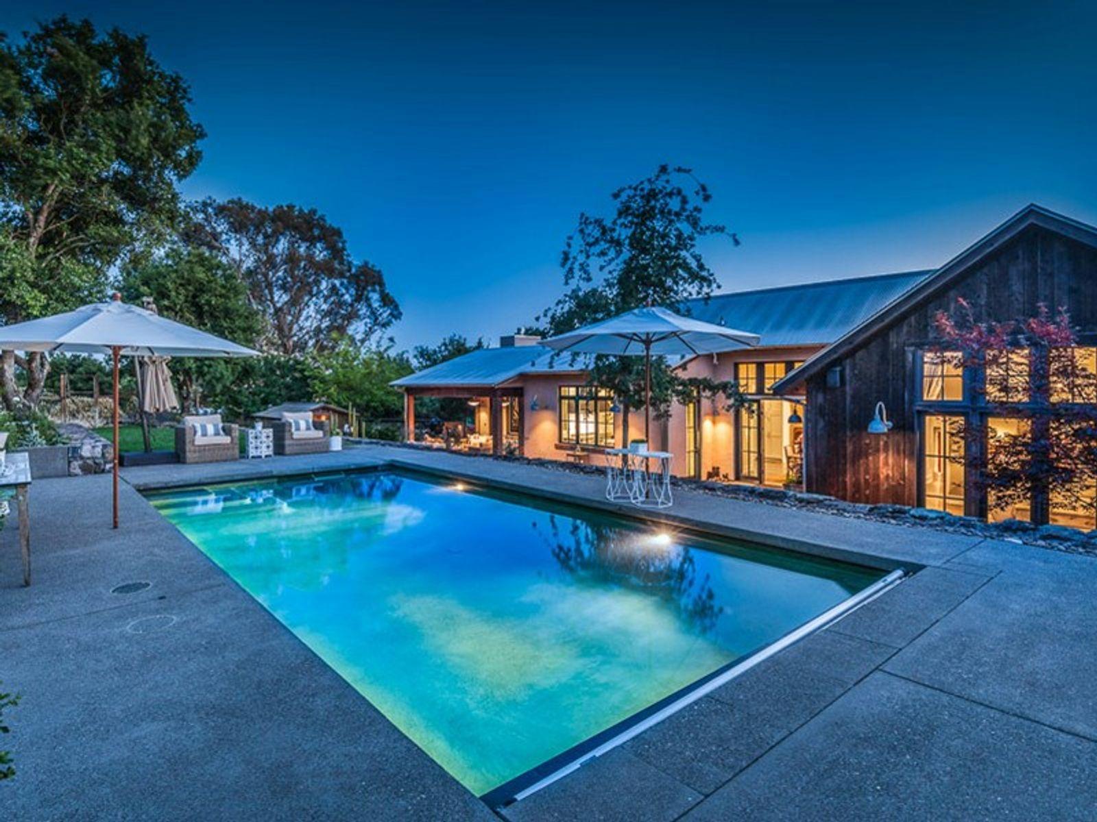 Modern Sonoma Barn