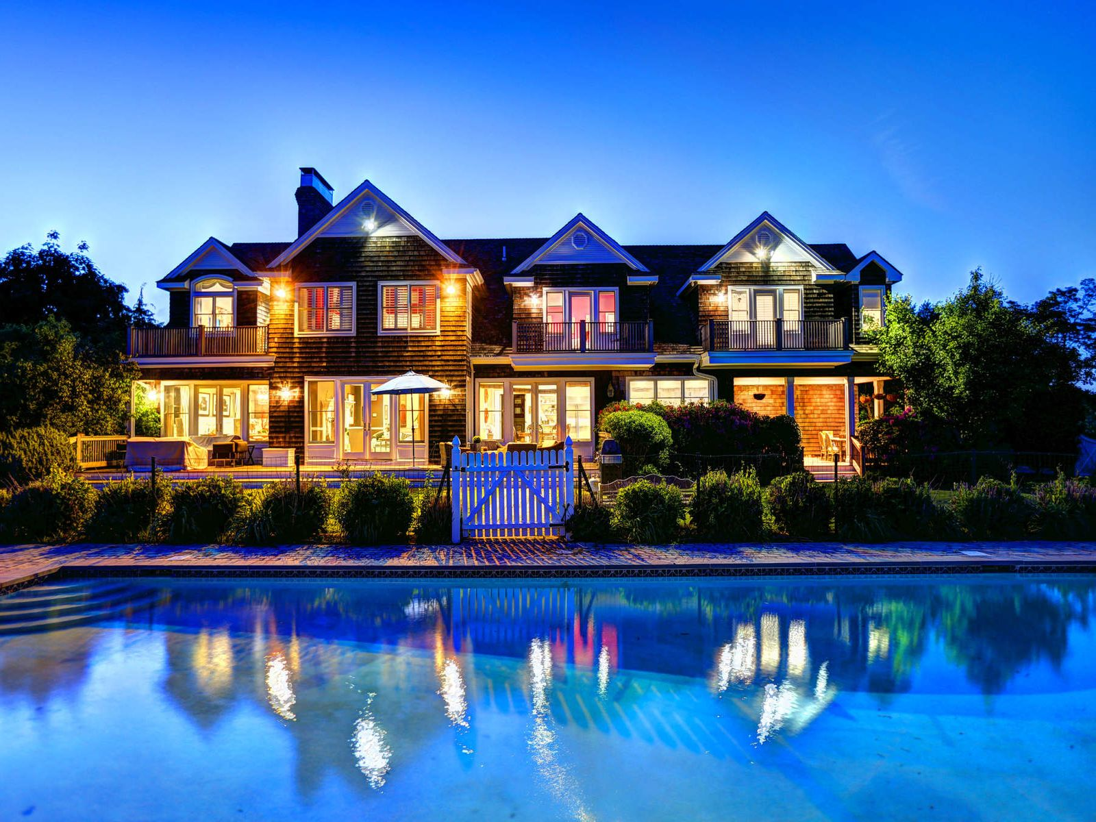 Water Mill - Tennis and Farmfield Vistas, Water Mill NY Single Family Home - Hamptons Real Estate
