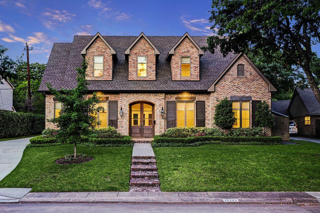 12103 Beauregard Drive Houston, TX 77024