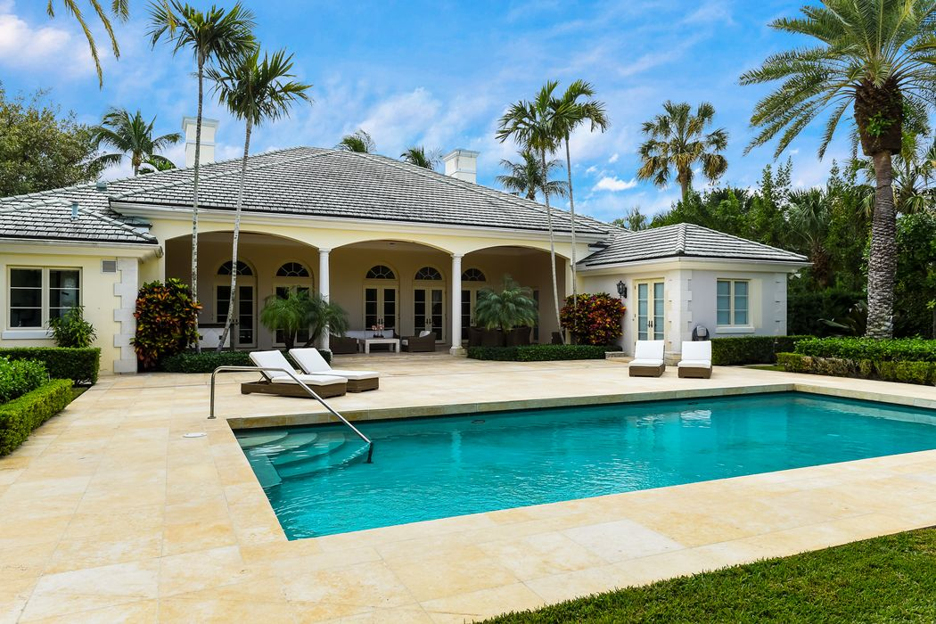 227 Via Tortuga Palm Beach, FL 33480