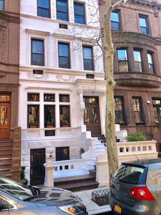 36 West 89th Street, Apt.1B New York, NY 10024