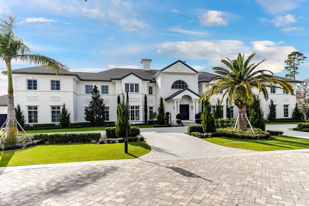 New Custom Estate in Old Palm
