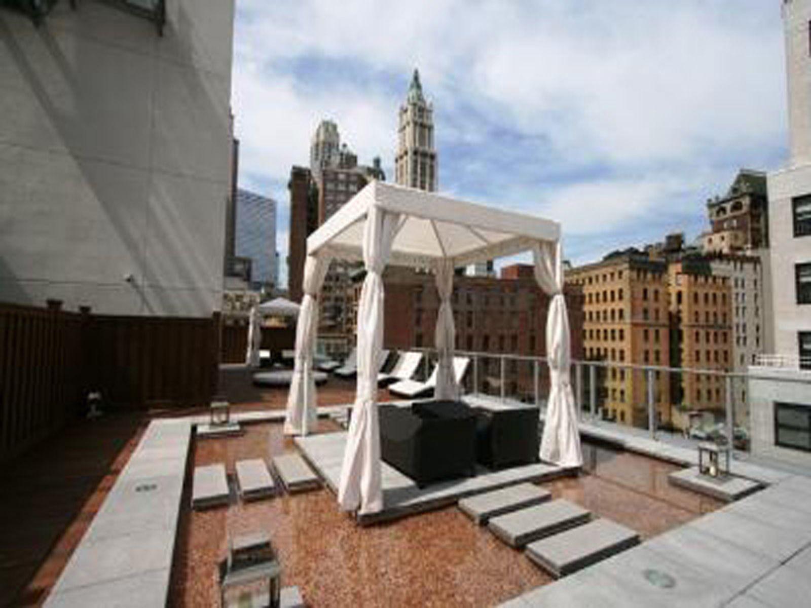 Studio Loft in Luxury Building