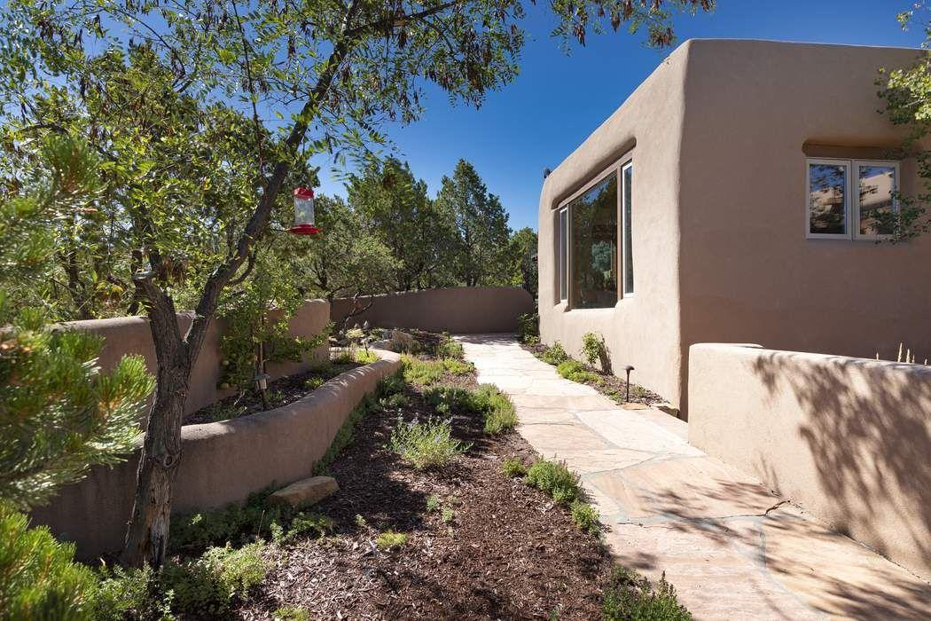 41 Sunflower Drive Santa Fe, NM 87506