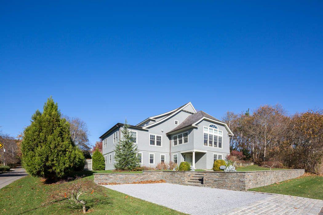 75 Woods Drive Montauk, NY 11954