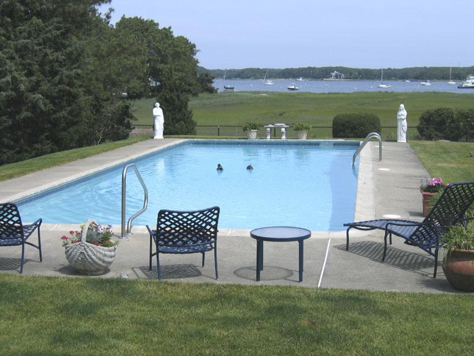 Sensational Property & Pool, Osterville MA Single Family Home - Cape Cod Real Estate