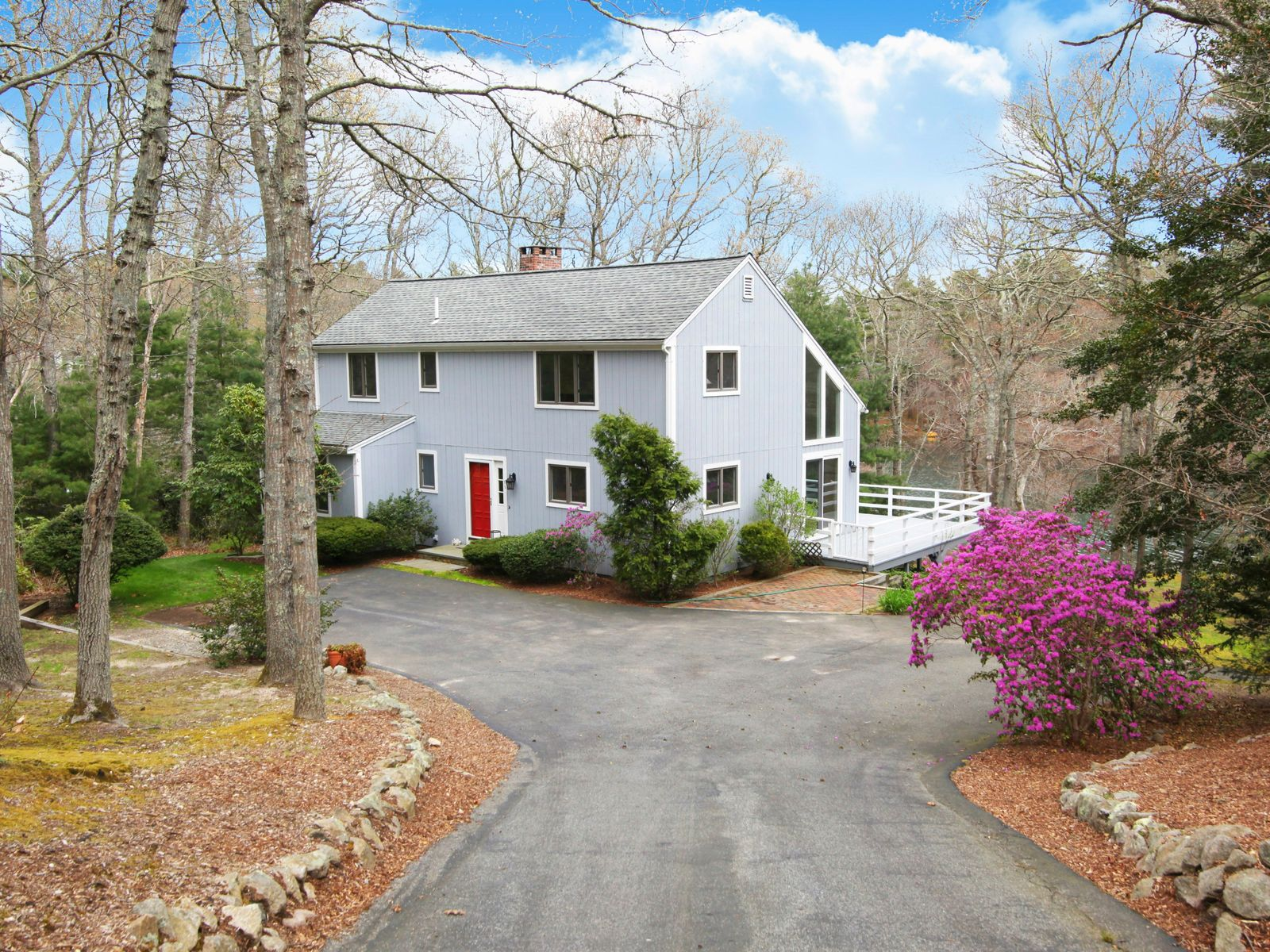Pondfront Contemporary, Marstons Mills MA Single Family Home - Cape Cod Real Estate