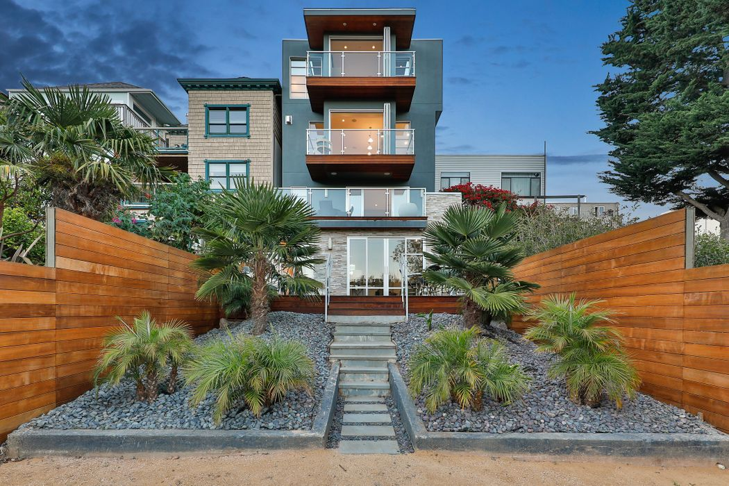 State-of-the-Art Noe Valley Residence