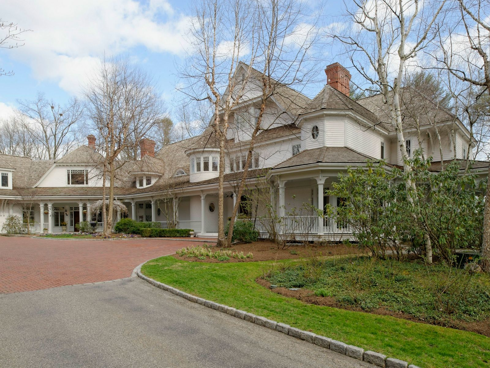 Lakefront Compound, Greenwich CT Single Family Home - Greenwich Real Estate