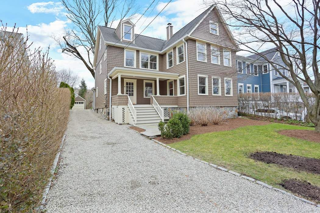 14 Roosevelt Avenue Old Greenwich, CT 06870