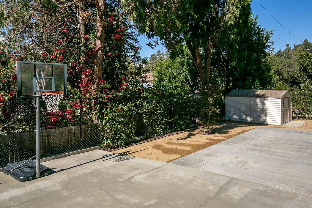 4935 Harriman Avenue South Pasadena, CA 91030