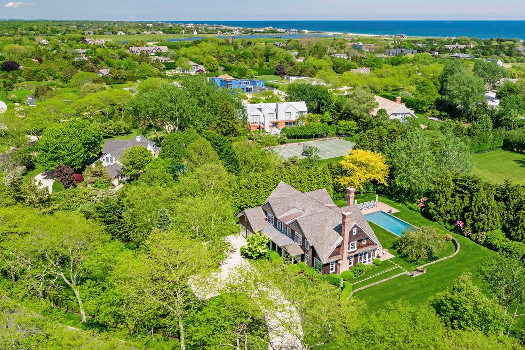 Idyllic Sagaponack South off Daniel's